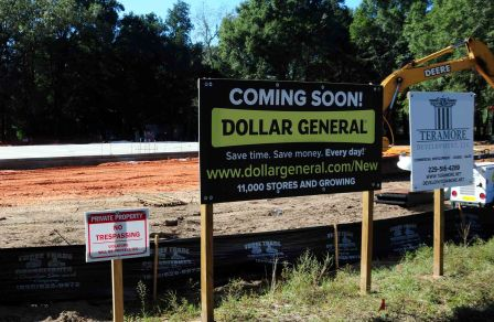A new Dollar General is being built in Holt, Fla.
