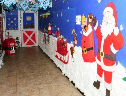 SantaWorkshop(6744)