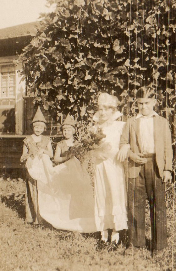 halloween-king-and-queen-at-holt-school-193-palmer-lee-campbell-and-buddy-johns.jpg